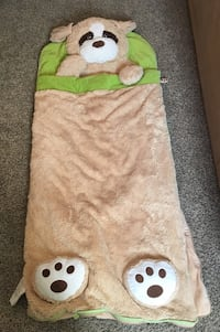 Kids' sleeping bag. Excellent condition.