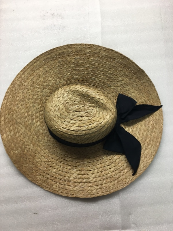 Used Sun Bonnet with black bow for sale in Toms River - letgo fb1decf9d175