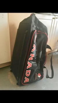 black and red travel bag