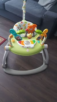 Baby's Green and White Bouncer. Price negotiable!!