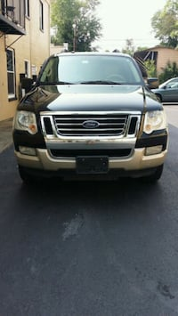 2008 Ford Explorer E.Bauer Warrenton