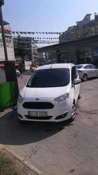Ford - Tourneo Connect - 2014 8434 km