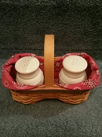 Longaberger Baskets salt and pepper set Chantilly