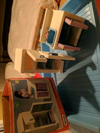 Sink and refrigerator for Little Tykes big dollhouse Ellicott City, 21042