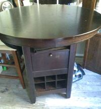 Oak wood table  Hamilton, L8G 1A3