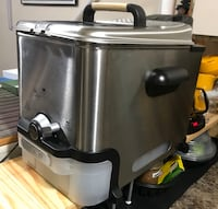 New Stainless Steel Deep Fryer with Freebie- Cheap! Vancouver, V5R 5K6