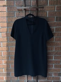 Elegant Black V-Neck Dress Waterloo, N2K 3Z1