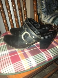 Women's Leather slip ons Sz.10 Atwater, 44201