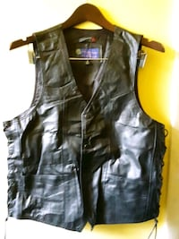 Leather vest small