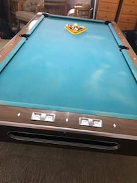 Luxury Fischer pool table for cheap(pick up ASAP)