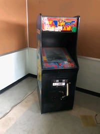 Mz Pacman arcade machine New Rochelle, 10801