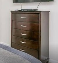 brown wooden 6-drawer dresser Annapolis Junction, 20701