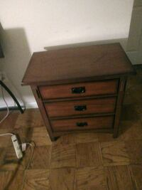 Brown wooden 3 drawers Silver Spring, 20910