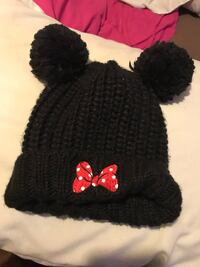 black and red knit cap Stockton, 95205