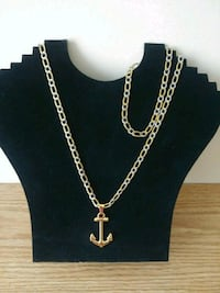 Silver and Gold 2 tones chain set with bracelets  Stratford, 06614