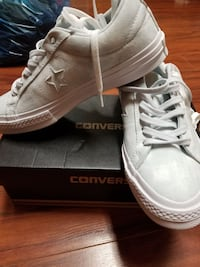 Converse women size 7 one star pure platinum  Toronto, M1T 3L5