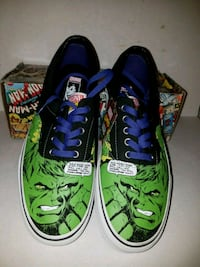 pair of green-and-black low top sneakers Milwaukee, 53212