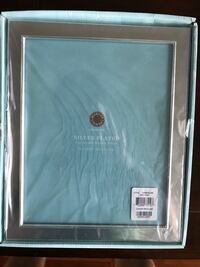Silver Plated 8x10 picture frame New Britain, 18901