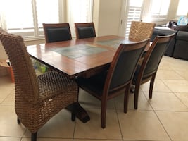 GORGEOUS DINING ROOM SET