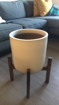 mid century modern planter with wood stand Oakland, 94612