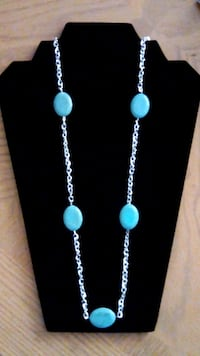 Oval torquoise necklace