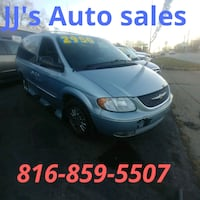 Chrysler - Town and Country - 2001 Independence, 64050