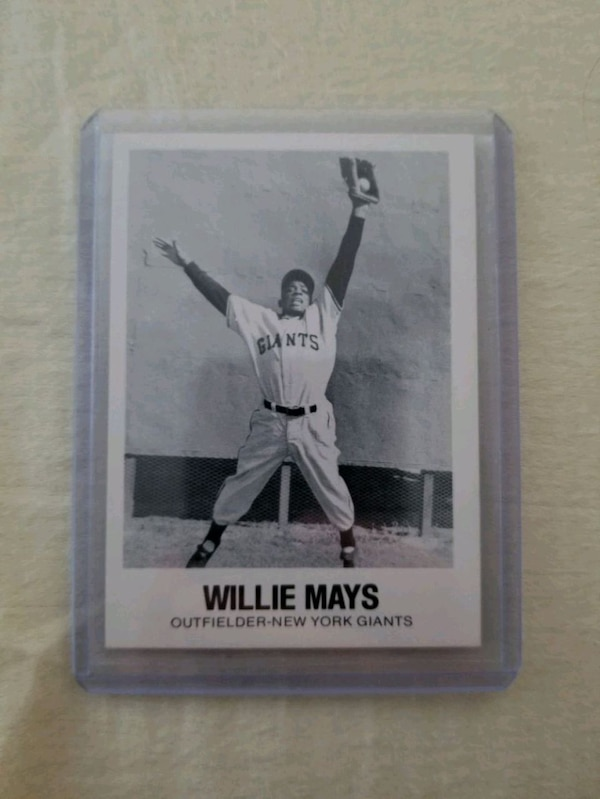 Willie Mays 1977 Renata Galasso Baseball Card