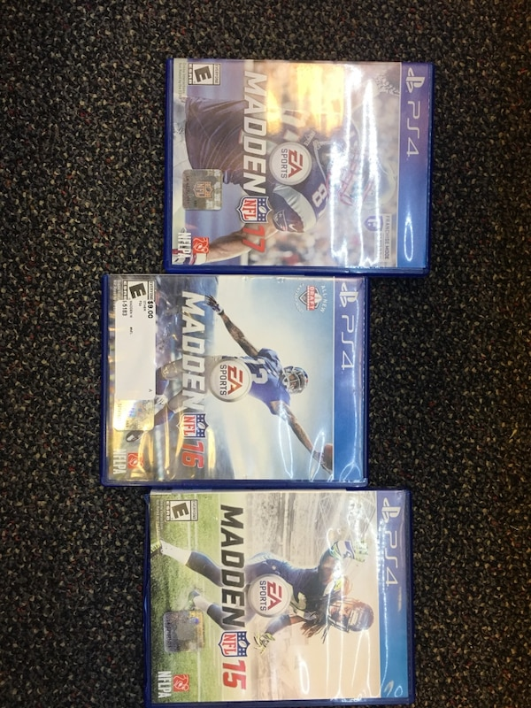 Madden PS4 bundle  f70a8fb9-32c4-4b0b-9682-1855dbfec504