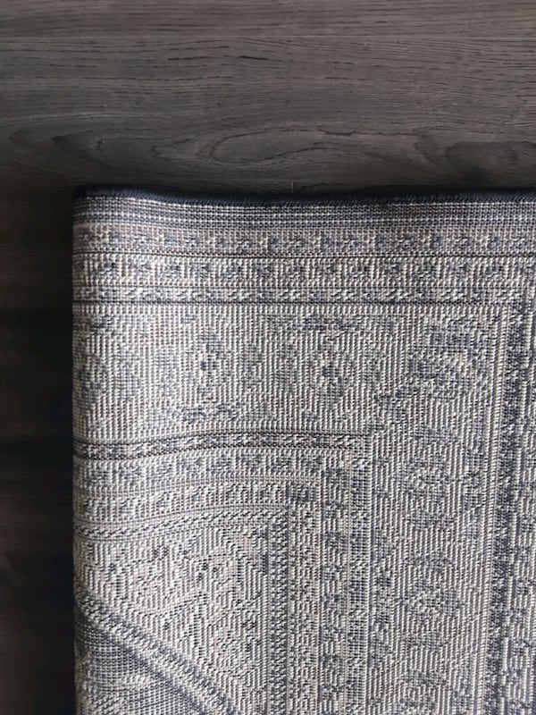 Carpet I sell 3 equal rugs for one $ 75 in good co 4b71cc42-09ae-4c60-995b-2be38542bac1