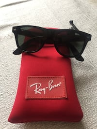 Kids Rayban sunglasses brand new with cord Toronto, M6L 1R7