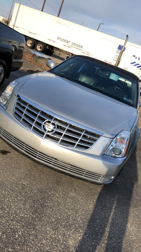 Cadillac - DTS - 2006 - V8 ENGINE - ONE OWNER