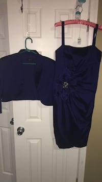 Mother of the bride's dress beautiful royal blue size 16 wrap around dress wore one time sold for 185 Harpers Ferry, 25425