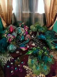 Beautiful Peacock decorations. Tree skirt included Gonzales, 70737