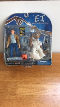 E.t and keyman in original packaging  Cambridge, N3H 4A9