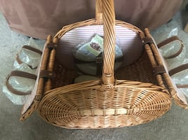 Picnic Basket - Perfect for Romance or Family Time