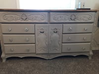 white and gray wooden dresser Oregon City, 97045