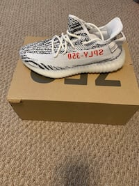 pair of Zebra Adidas Yeezy Boost 350 V2 with box Little Falls, 07424