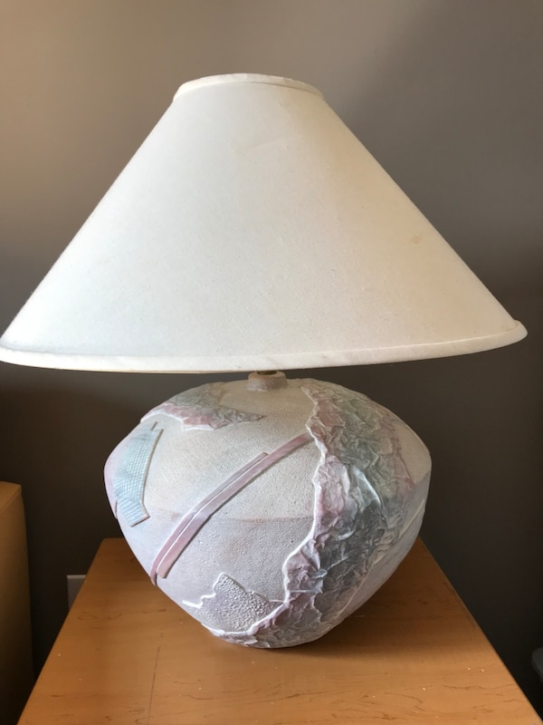 Round white ceramic and glass table lamps