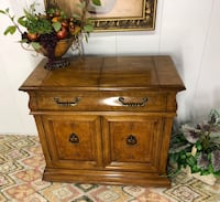 Gorgeous Bernhardt Server Bar Table (Delivery Service Available) Delray Beach, 33483