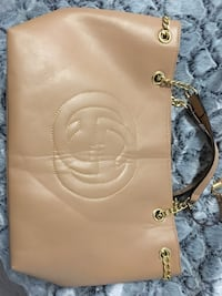 Gucci G Purse bag , real leather tan beige gold hardware  Aldie, 20105
