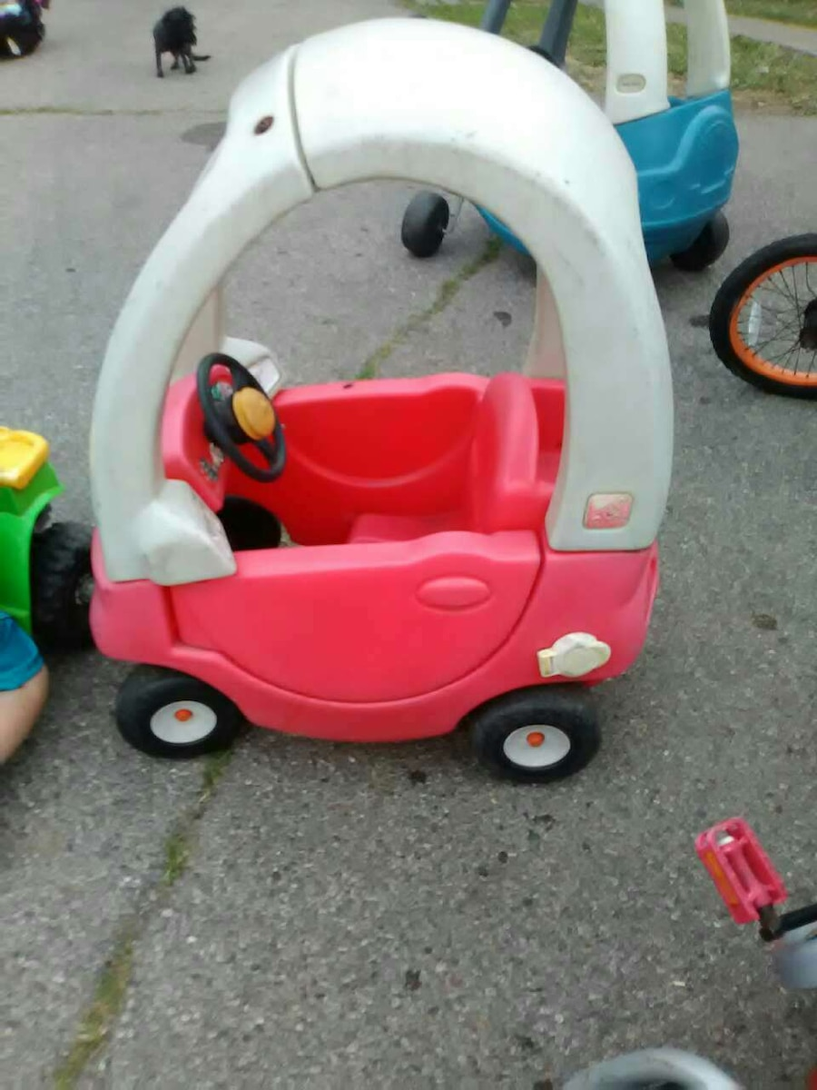 Letgo Pink And White Ride On Toy In Lebanon Oh