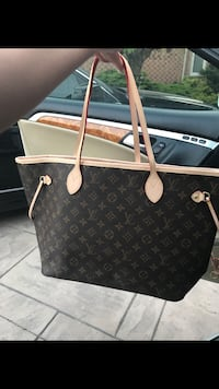 black and white monogrammed Louis Vuitton leather tote bag Mississauga, L5L
