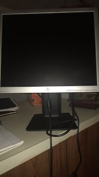 HP Desktop Monitor  Clarksburg, 20871