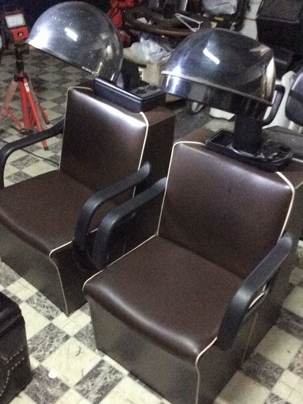 Used Salon Chairs >> Used Venus Plus Salon Chairs W Dryer For Sale In Chicago Letgo