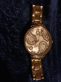 Rose gold Betsey Johnson watch ...pick up only!  Campbelltown, 17078