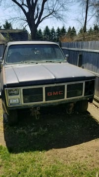 1986 GMC Jimmy with removable top Oakland County, 48371