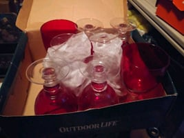 Lg red goblets 8pc