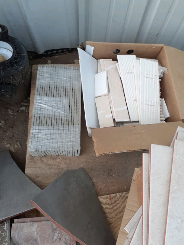 Lots of brand new tiles and backsplash 200.00 for all  2fa91146-f6bd-4e60-8575-3a966a76d857
