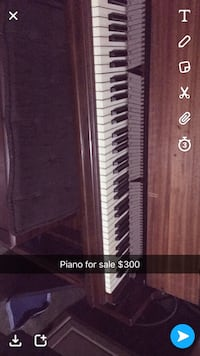 brown spinet piano screenshot