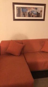 Couch Lorton, 22079